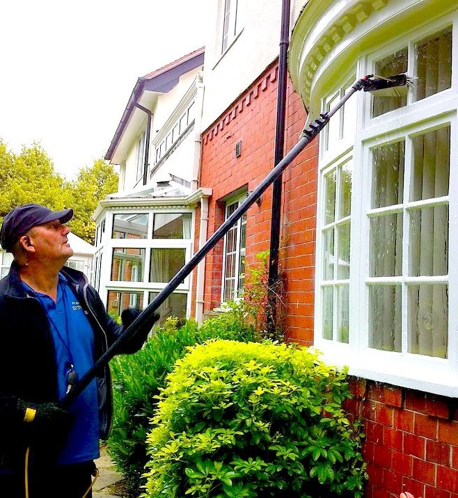 window cleaning manchester and Altrincham